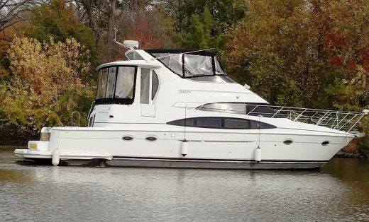 2002 Carver 444 Cockpit Motor Yacht