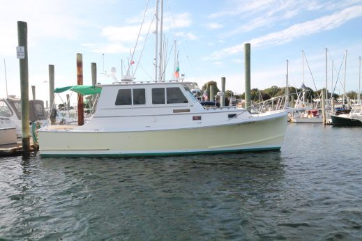 1986 Blue Seas 31 Downeast Trawler