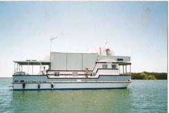 1987 Custom Displacement Cruiser Cat