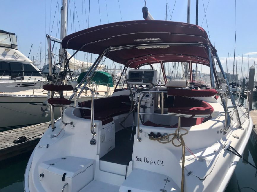 Hunter 46LE Sailboat Transom