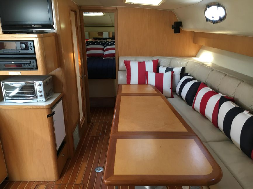 Tiara 4000 Express for Sale in Huntington Harbor