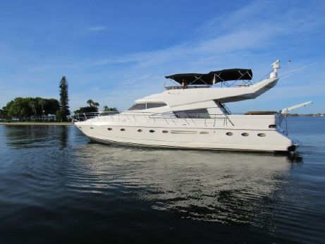 1990 Johnson High Tech Motor Yacht