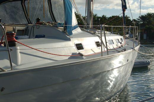 2005 Beneteau Cyclades