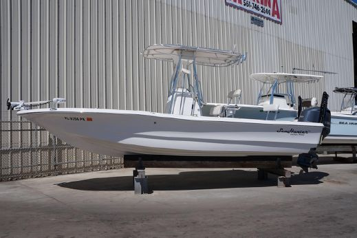 2013 Sea Hunter 24 Bay