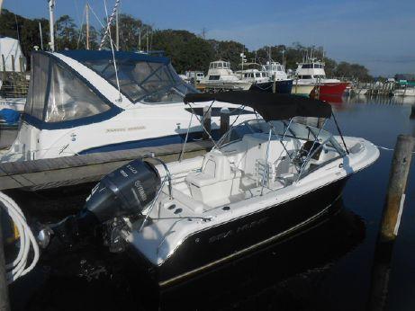 2014 Sea Hunt 21LE