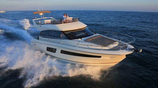 2017 Prestige Yachts 450