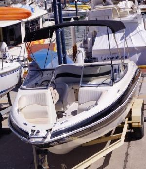 2008 Glastron Runabout 19