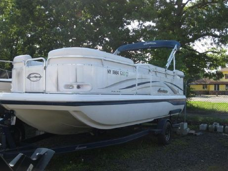 2005 Hurricane Fun Deck 218
