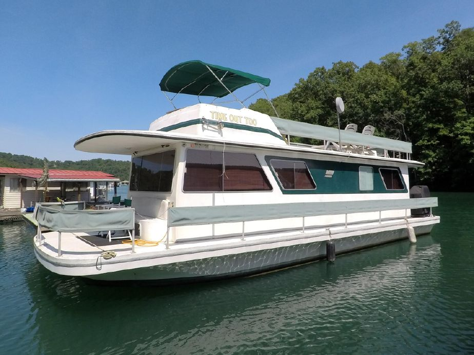1980 Gibson Executive 12 x 42 Power Boat For Sale - www yachtworld com