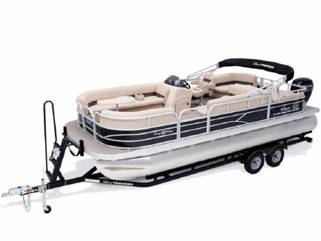 2017 Sun Tracker PARTY BARGE® 22 DLX