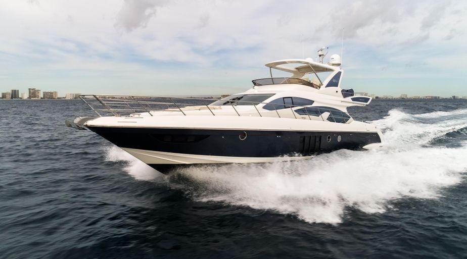 2015 Azimut 64 Flybridge Power Boat For Sale - www.yachtworld.com