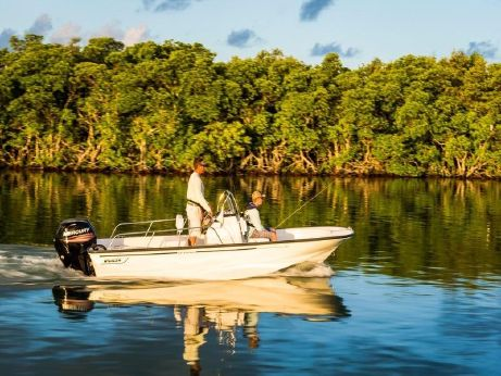 2017 Boston Whaler 170 Montauk