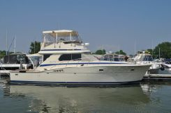 1985 Chris-Craft 422 Commander