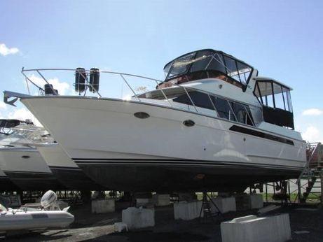 1989 Ocean Alexander Cockpit Motor Yacht