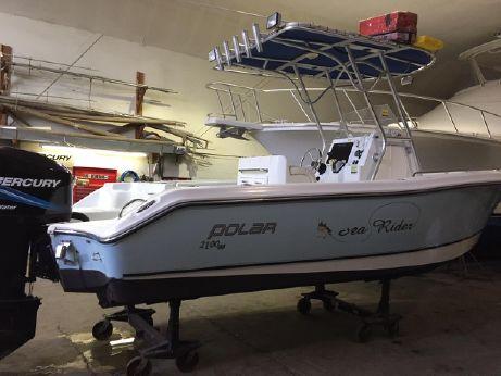 2005 Polar 2100 Center Console