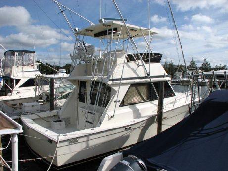1991 Viking Yachts 35 Convertible