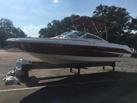 1995 Sea Ray 220 Bow Rider