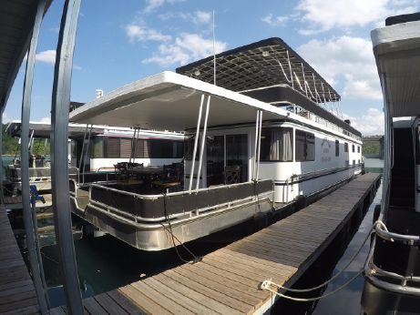 2012 Majestic 16 x 75 WB Rental Houseboat