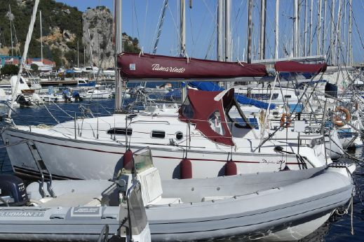2005 Delphia Yachts 29