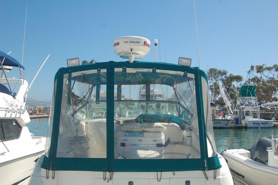 photo of 30' Maxum 3000 SCR