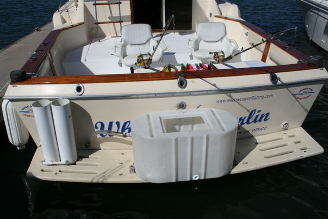 31' Chris Craft 315 Commander+Photo 5