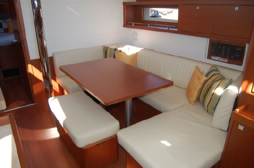 2016 Beneteau Oceanis 45 In-Stock