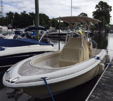 2007 Chris-Craft Catalina 23