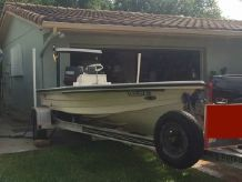 1997 Hewes 16 Redfisher