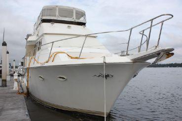 1989 Viking Yachts 63 Motor Yacht