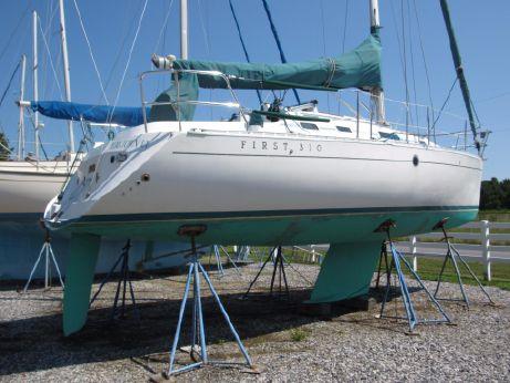 1993 Beneteau First 310