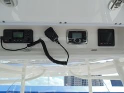 photo of  31' Regulator Center console