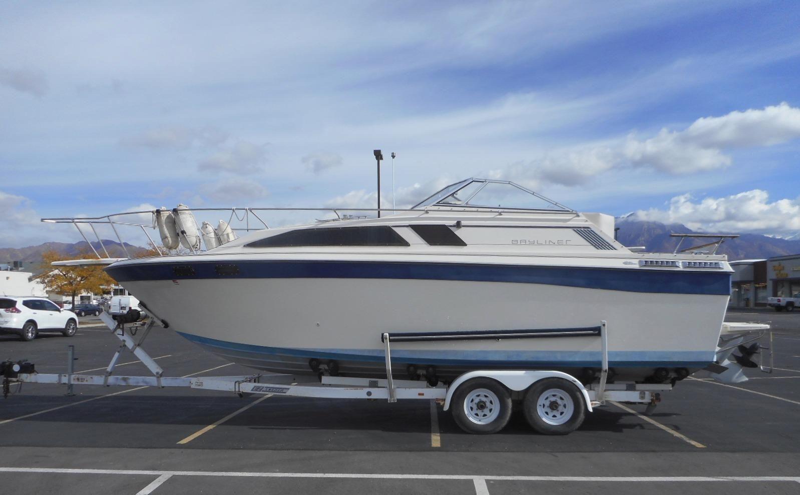 1984 Bayliner Ciera 2750 Sunbridge Power Boat For Sale ...