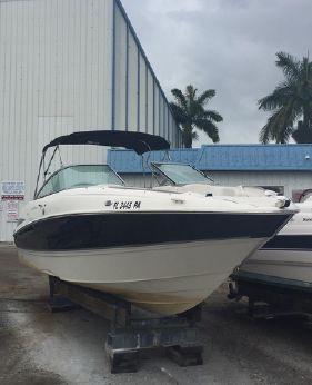 2008 Maxum 2400 SR3