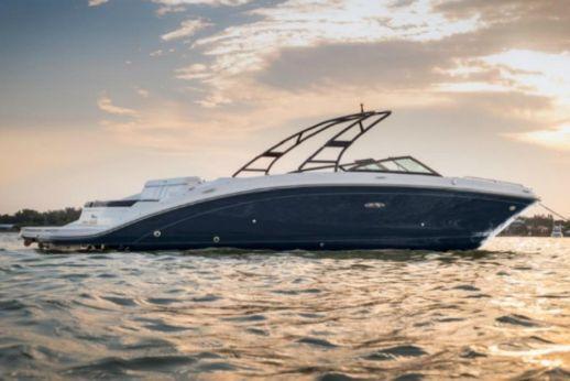 2018 Sea Ray 270 Sundeck