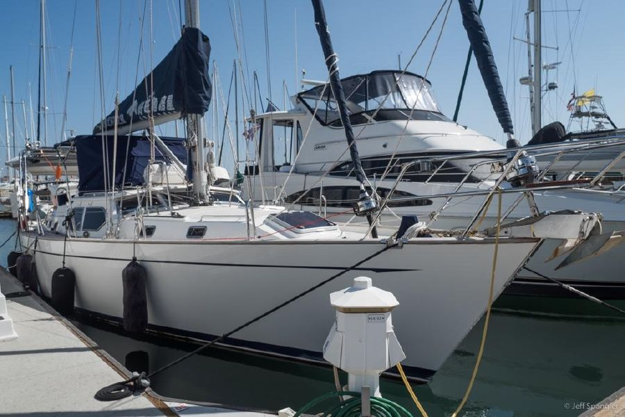 Tayana 48 Deck Saloon for sale in San Diego