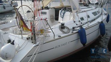 2004 Jeanneau Sun Fast 37