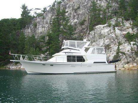1992 Tollycraft 44 Cockpit Motor Yacht