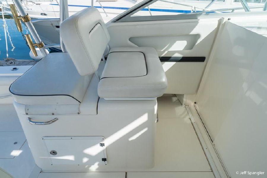 Wellcraft 330 Coastal Seating