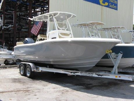 2016 Pioneer 222 Sportfish