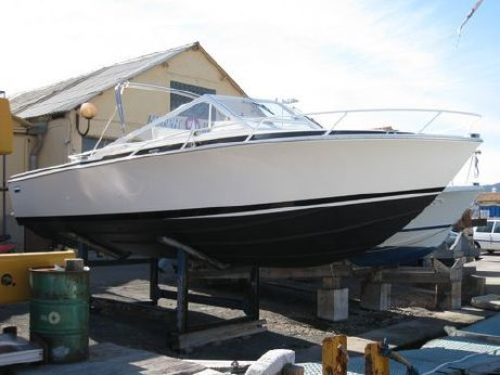 1990 Bertram 28' Moppie