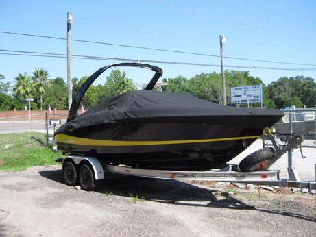 2010 Regal 2300 LSR