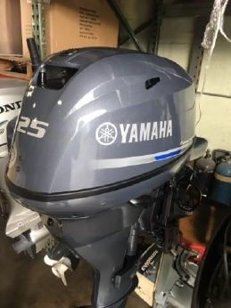2016 Yamaha Outboards F25LA