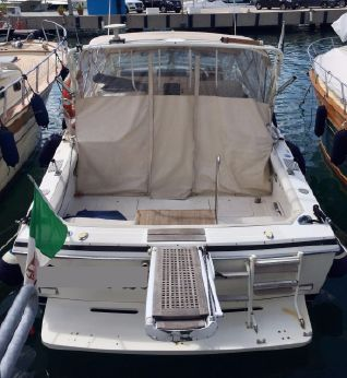 1990 Bertram 28 Moppie