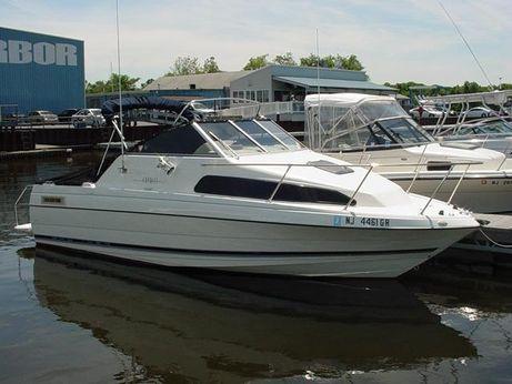 1998 Bayliner 2252