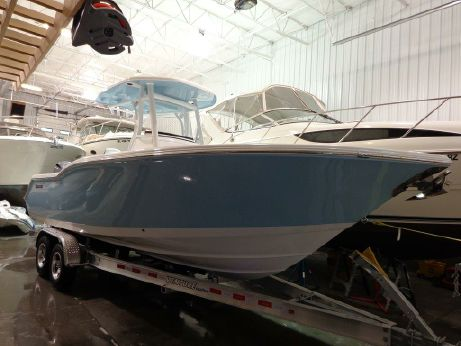 2016 Tidewater 252 Center Console