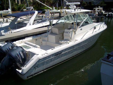 2006 Pursuit 3070 Offshore