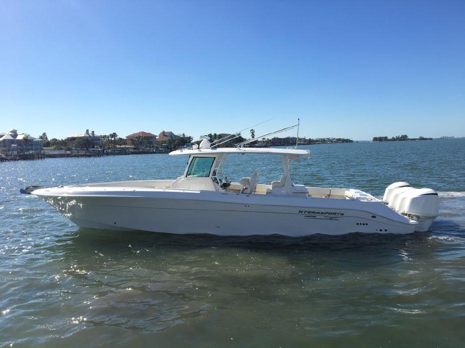 2018 Hydra-Sports 4200 Siesta Power Boat For Sale - www.yachtworld.com