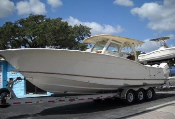 2014 Scout Boats 350 LXF