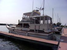 "1985 President ""43"" Double Cabin Motor Yacht"