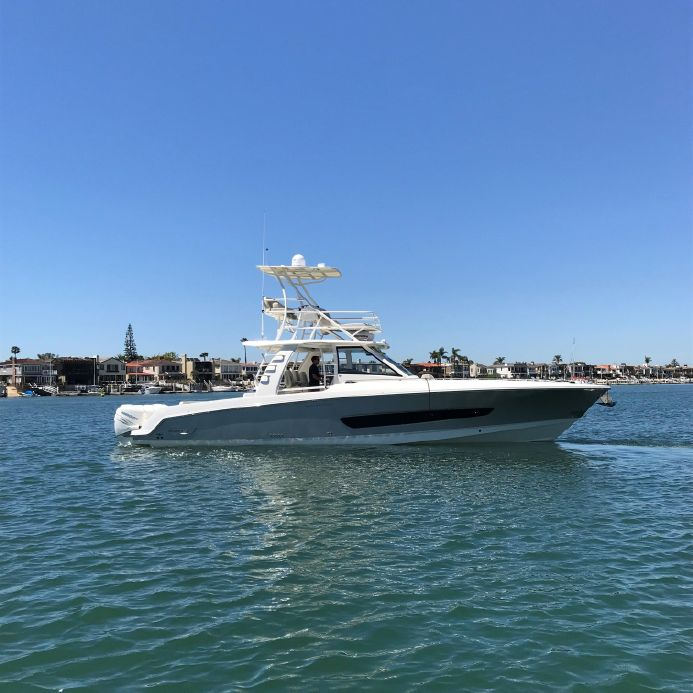 2018 Boston Whaler 420 Outrage Power Boat For Sale - www yachtworld com